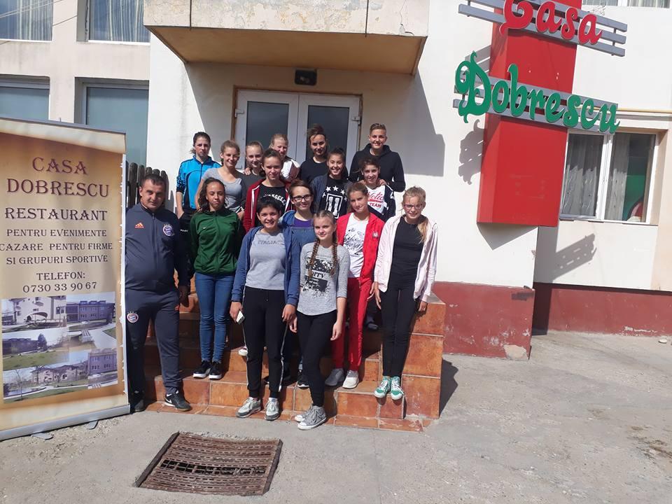 Cazare Isalnita Casa Dobrescu